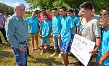 Luis Andreotti y los chicos de Casa de Día visitaron el primer Vivero Municipal en la Isla