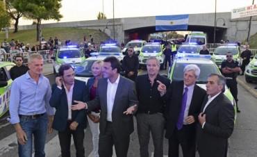 Andreotti y Massa inauguraron la 7° Posta Policial, 15 patrullas y una innovadora Unidad Móvil