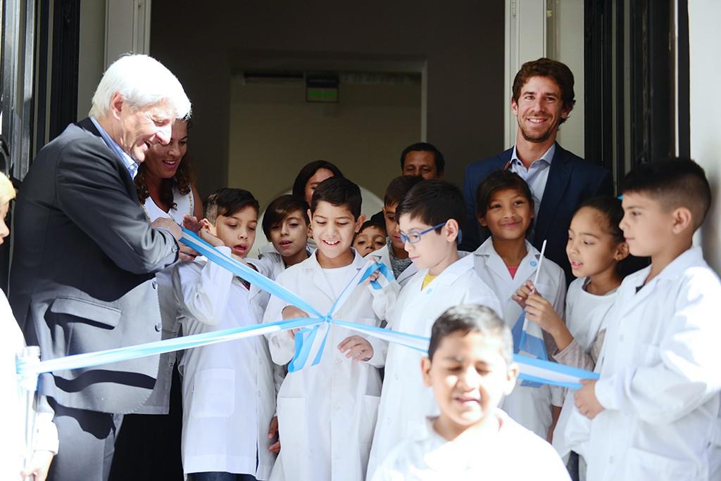 Andreotti inauguró la nueva Escuela N° 1 a 200 años de su creación