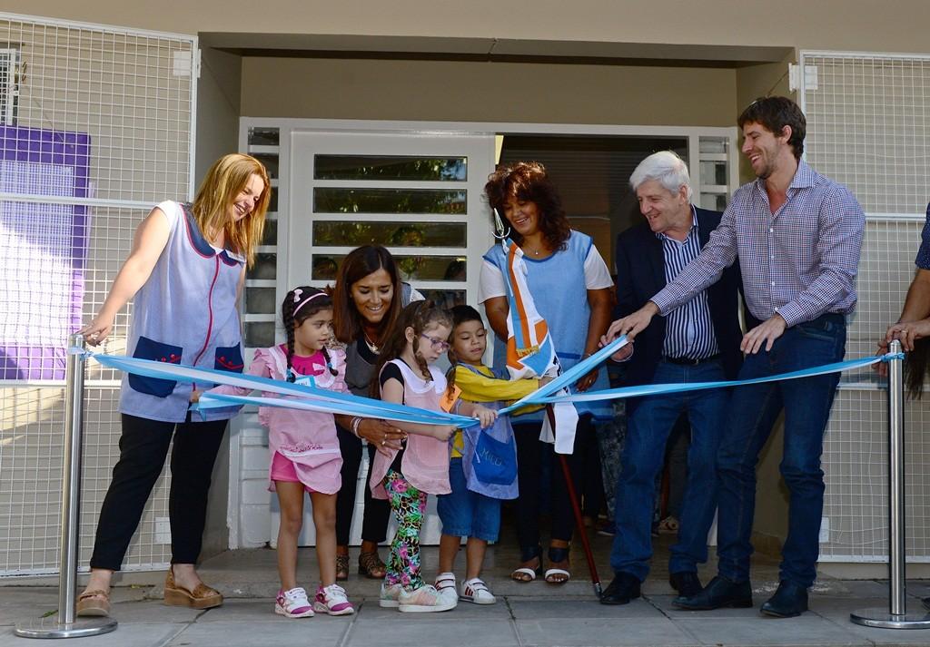 Andreotti inauguró la puesta en valor del Jardín N° 910