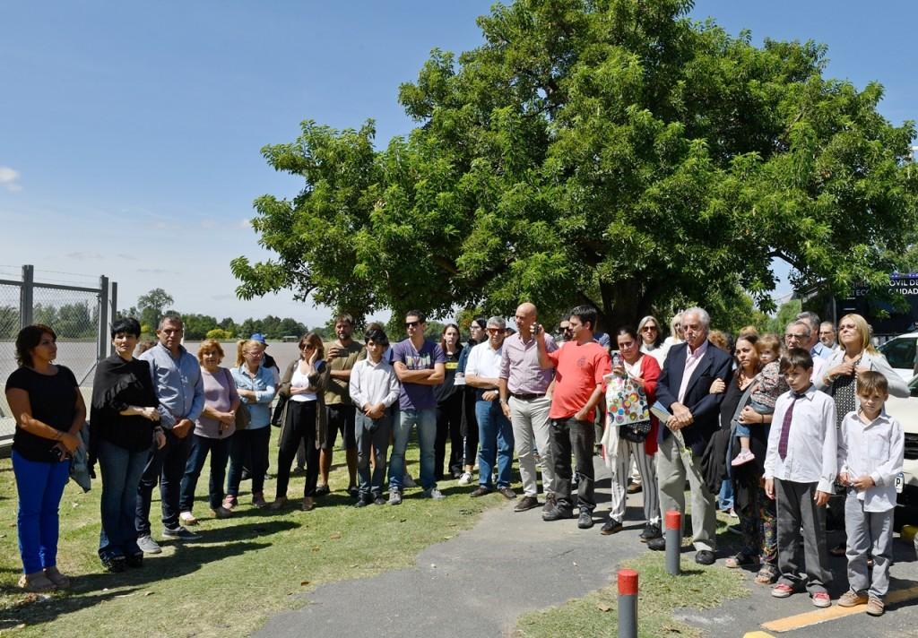 San Fernando rindió homenaje a una vecina por su aporte en la construcción de una estación de bombeo