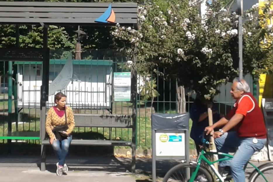San Fernando continúa renovando el mobiliario urbano