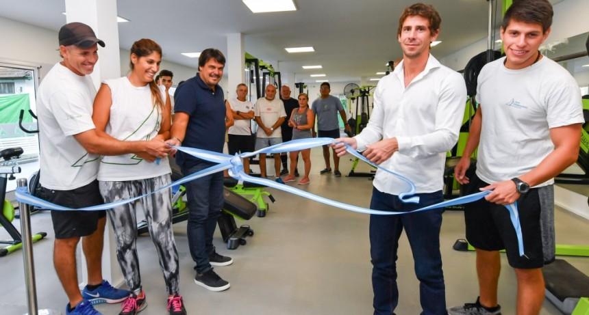 Se inauguró un nuevo gimnasio de musculación en el Poli 3