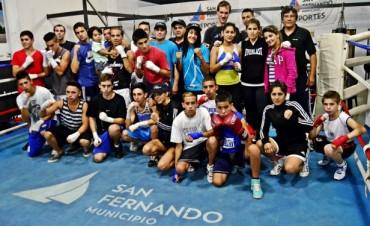 Se realizó una gran exhibición de Boxeo en la Escuela Municipal de San Fernando