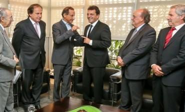 Massa ante empresarios de Brasil:
