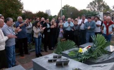 Sentido Homenaje a Néstor Pozzi a 25 años de su fallecimiento.
