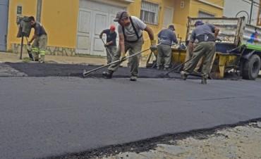 Arreglos integrales en el Barrio San Ginés: el Municipio asfalta adoquinados y mejora parte del Casco Histórico