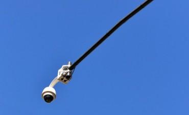 San Fernando inició la instalación de Cámaras de Seguridad conectadas mediante fibra óptica