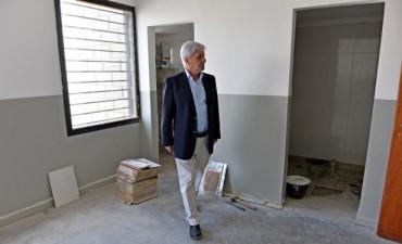 Luis Andreotti visitó la obra del Jardín Maternal Municipal que inaugurará en mayo