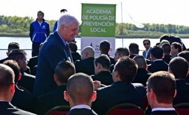 Luis Andreotti y Daniel Scioli presentaron los primeros 90 aspirantes a la Policía Local de San Fernando