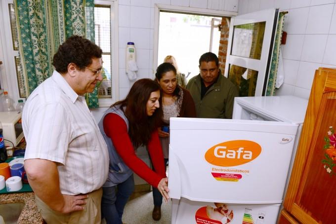 El Municipio de San Fernando continúa ayudando a escuelas provinciales