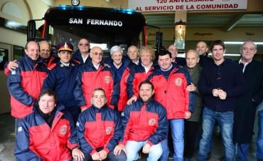El Municipio acompañó a los Bomberos Voluntarios en su 120° Aniversario y entregó un subsidio