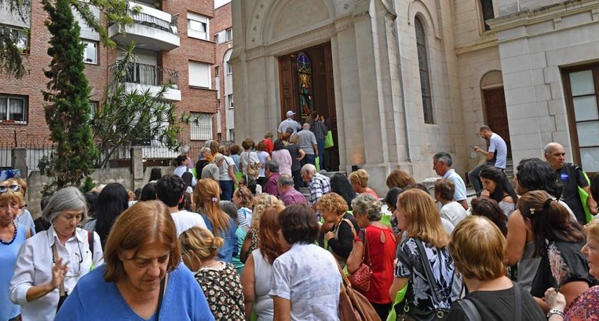 Más de 500 vecinos recorrieron las 'Siete Iglesias' de San Fernando