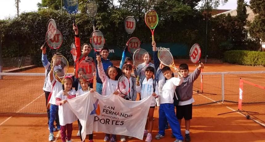 La Escuela Municipal de Tenis de San Fernando sigue creciendo