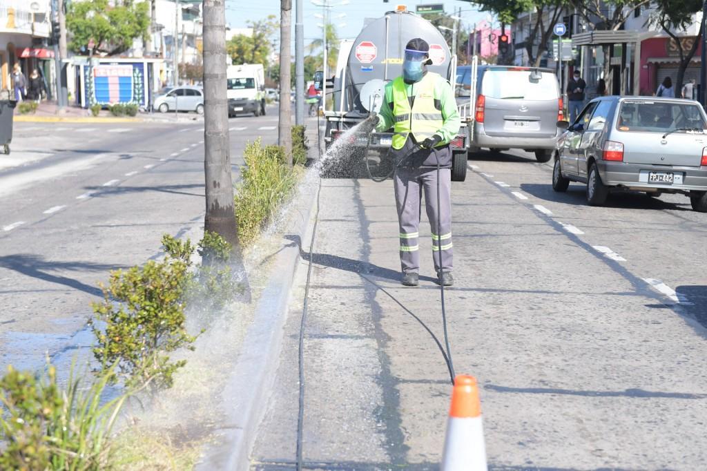 San Fernando continúa manteniendo y cuidando espacios verdes del distrito