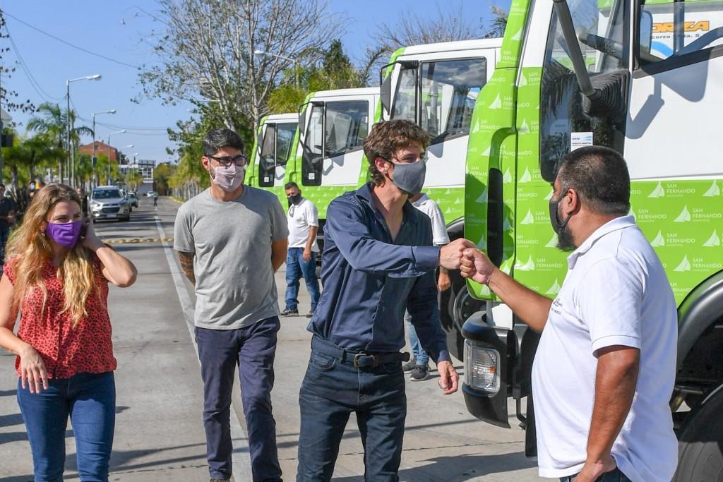 Juan Andreotti presentó camiones compactadores para el cuidado del espacio público y el medio ambiente