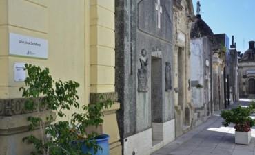 Se realizó una visita guiada al Cementerio de San Fernando
