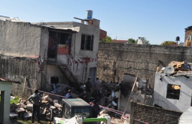 Explosión, derrumbe y milagro en San Fernando