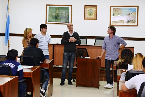 Los alumnos de la ESB N° 14 visitaron el Concejo Deliberante de San Fernando