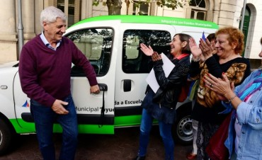 Andreotti otorgó un vehículo al Consejo Escolar de San Fernando