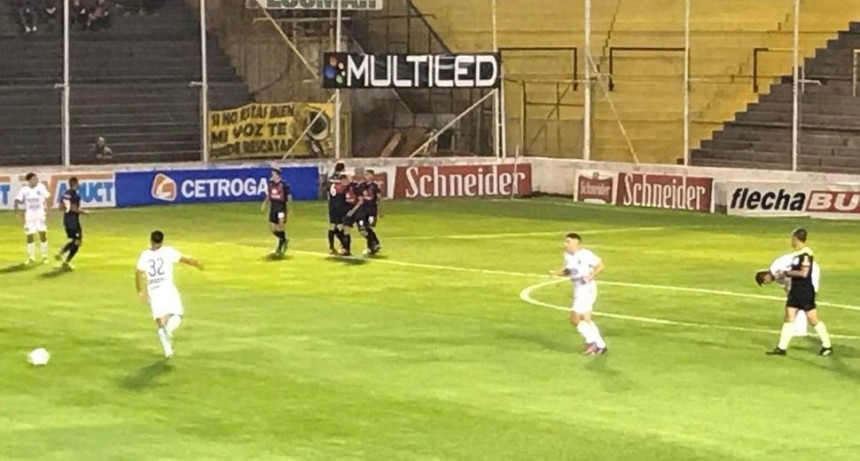 Tigre goleó a Olimpo en Bahía le gano 5 a 1