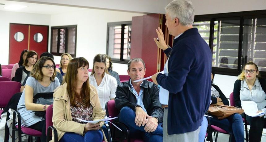 San Fernando capacitó en IRAB a personal de Centros de Salud y el Hospital Provincial