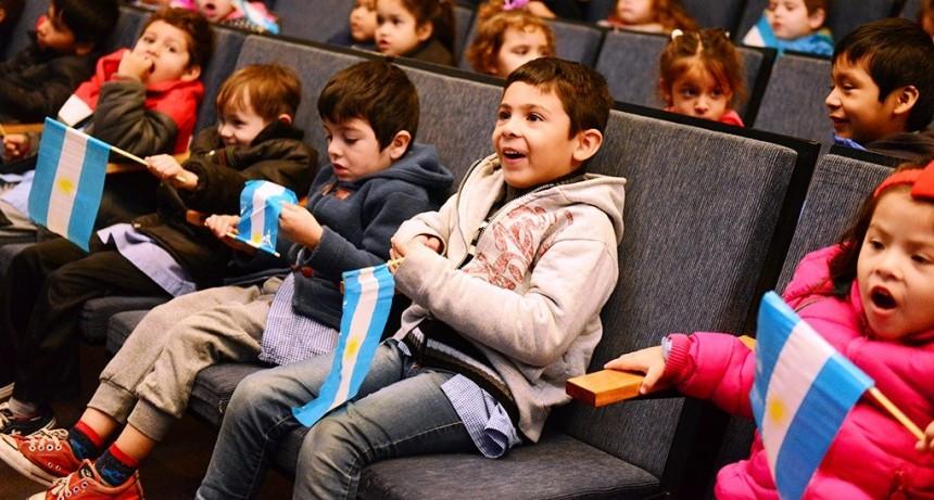 San Fernando organizó funciones de teatro infantil por la Semana de la Patria