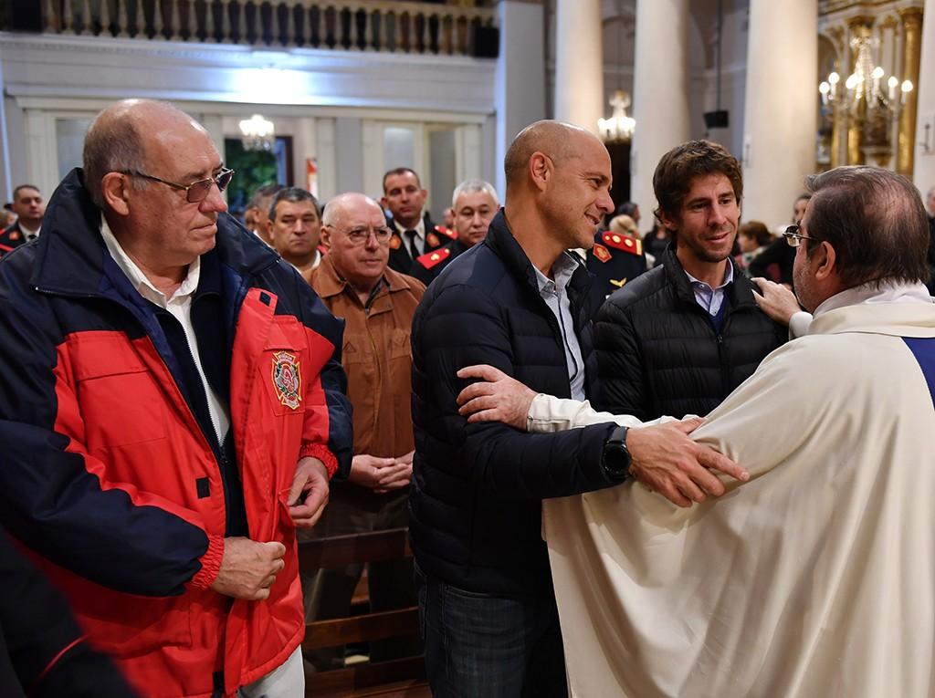 Los Bomberos Voluntarios de San Fernando celebraron sus 123 años con una misa y un inolvidable desfile