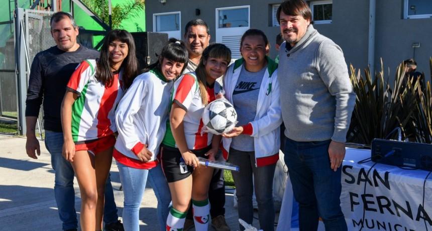 El Municipio inició la Liga Municipal de Fútbol Femenino en el Poli 8 de San Fernando