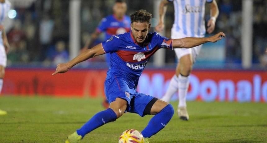 Tigre goleó a Atlético Tucumán por 5 a 0 y tiene un pie y medio en la final de la Copa Superliga