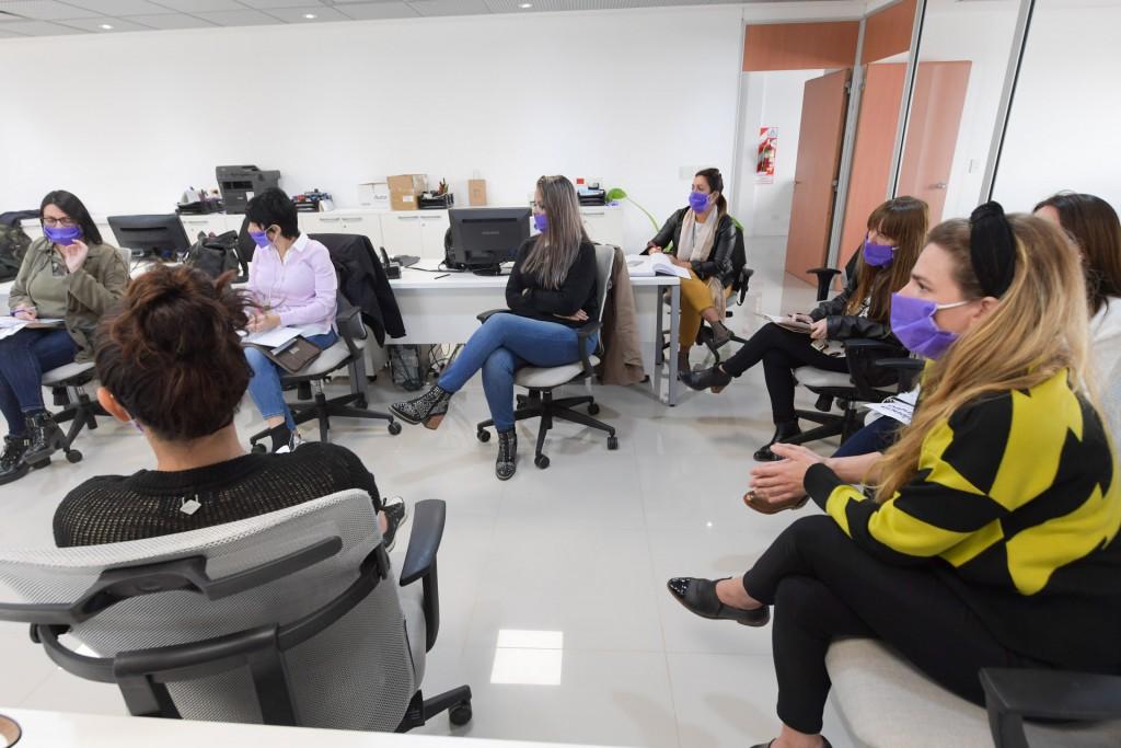 """San Fernando reunió una """"Mesa de Género"""" contra la violencia hacia la mujer en la cuarentena"""