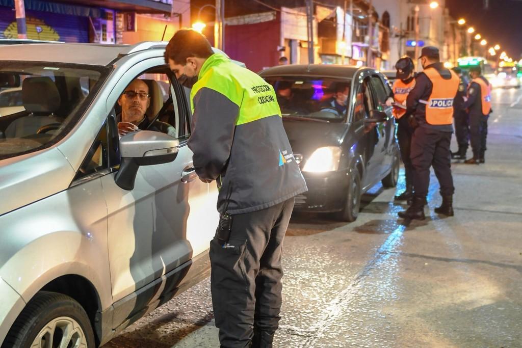 Siguen los controles de seguridad y circulación en San Fernando