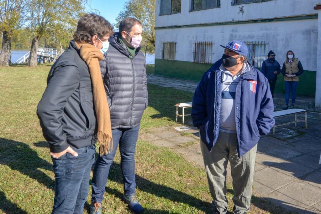 Juan Andreotti acompañó un operativo de DNI, jubilaciones y más servicios en el Delta de San Fernando
