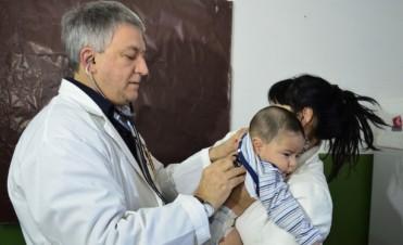 En época de bajas temperaturas, San Fernando trabaja desde la prevención en la salud de los más chicos