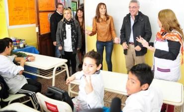 Tigre comienza a renovar el mobiliario de todas las escuelas