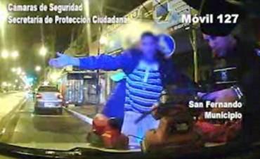 La patrulla de Protección Ciudadana detuvo a dos delincuentes que robaron la Parroquia Sta. Teresa del Niño Jesús en Virreyes