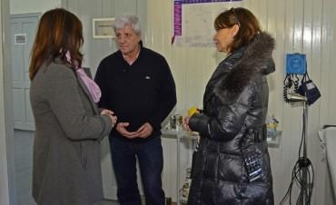 Luis Andreotti visitó el renovado Centro de Salud Absalón Rojas de Islas