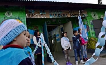 Los niños de los CEIM y las UDI festejaron el Día de la Bandera