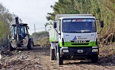 El Municipio continúa con los trabajos de ensanche, profundización y limpieza del arroyo Fate
