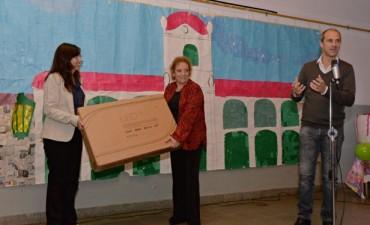 El Municipio celebró el 42° Aniversario de la Escuela N°4 del barrio Crisol