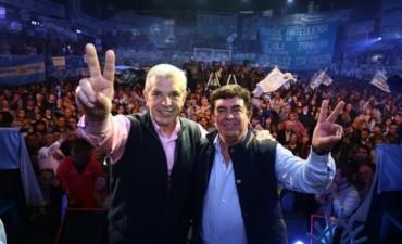 Domínguez y Espinoza lanzaron su fórmula de gobernación bonaerense con