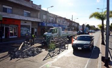 El Municipio mejora el sistema hidráulico en Virreyes y continúa renovando calles del barrio San Rafael