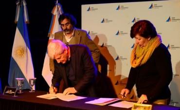 Luis Andreotti dio inicio al Programa Municipal de Pasantías No Rentadas 2016