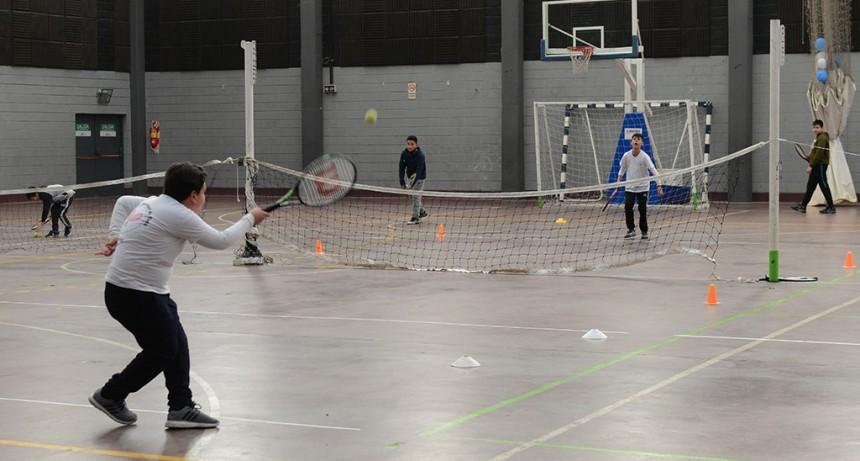 Cientos de chicos participaron de un Torneo Inclusivo de Tenis en San Fernando