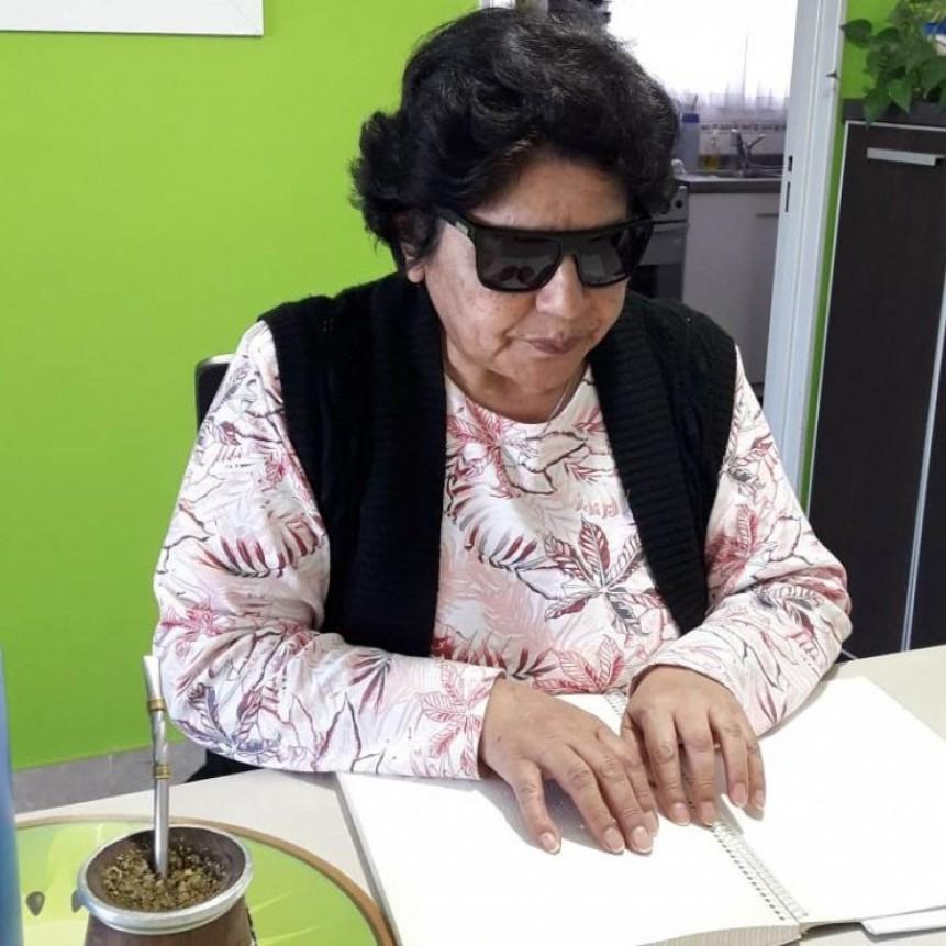Con talleres virtuales, el Centro de Adultos Ciegos y Disminuidos Visuales continúa sus actividades