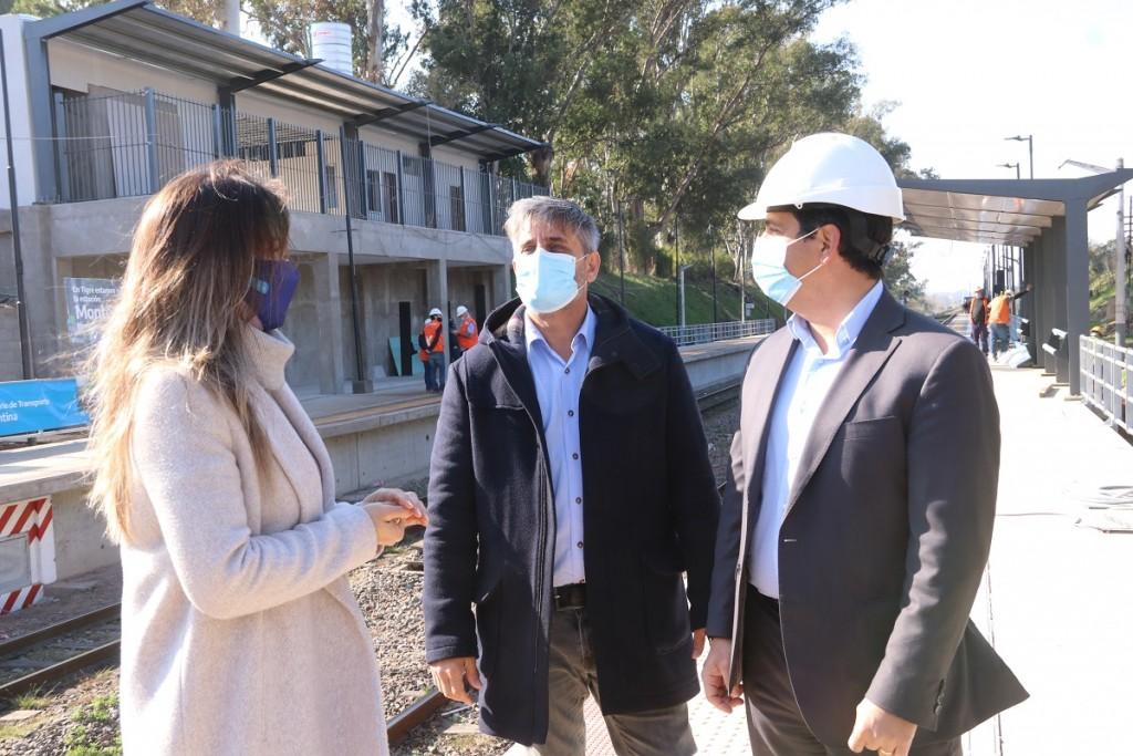 Malena Galmarini, Martín Marinucci y concejales del FR TODOS recorrieron las obras de renovación en la estación Montes