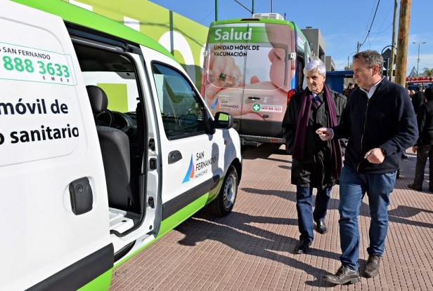 Luis Andreotti presentó nuevas Unidades Móviles de Vacunación y Traslado para San Fernando