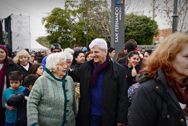 Luis Andreotti inauguró la Nueva Plaza ´Juan Manuel de Rosas´ del barrio Aviación