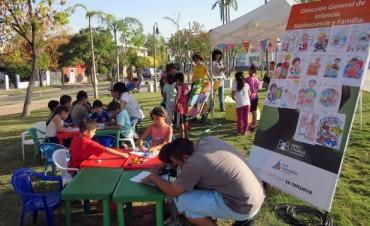 Niños de San Fernando aprenden sus derechos jugando en la plaza