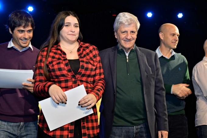 Andreotti reconoció a jóvenes becarios que trabajaron en el área de Monitoreo